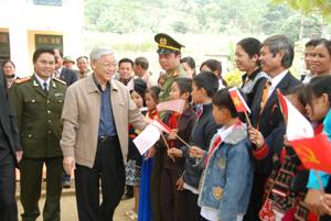 Tổng Bí thư Nguyễn Phú Trọng làm việc tai tỉnh ta