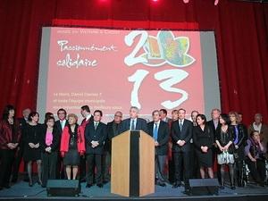 Thị trưởng thành phố Choisy-le-Roi phát biểu tại buổi lễ. (Ảnh: Lê Hà/Vietnam+)