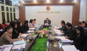 Các đại biểu dự hội nghị tại điểm cầu tỉnh ra.