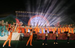 Việc tổ chức thành công Ngày hội VH-TT&DL các dân tộc vùng Tây Bắc lần thứ XII tại Hoà Bình là một trong những sự kiện nổi bật năm 2013.
