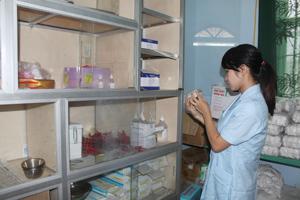 Trung tâm DS/KHHGĐ huyện Lương Sơn đảm bảo đầy đủ  về con người, thuốc thiết yếu cho 2 đợt chiến dịch năm 2014.