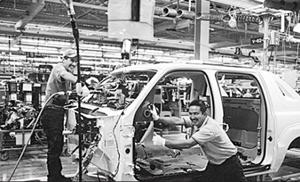 Ngành công nghiệp ô-tô Ấn Độ khởi sắc trong năm 2014.