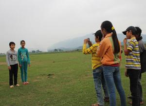 CLB phóng viên nhỏ xã Hợp Đồng ghi lại những hình ảnh về cuộc sống sinh hoạt thường ngày của các em.