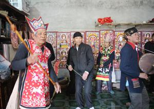 Người Dao xóm Rãnh, xã Toàn Sơn (Đà Bắc) duy trì tổ chức Tết nhảy hàng năm.