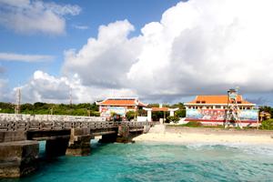 Quang cảnh tại cầu cảng đảo Trường Sa lớn.