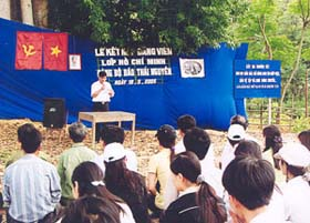 Kết nạp Đảng viên mới tại ATK Định Hóa, Thái Nguyên.