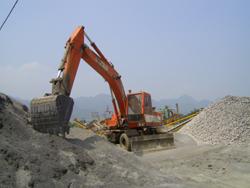 Các cơ sở sản xuất ở huyện Yên Thủy chấp hành nghiêm các quy định bảo vệ môi trường
