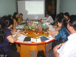 Các đơn vị thực hiện dự án tập trung thảo luận