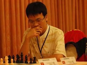 Kỳ thủ Lê Quang Liêm là nhân vật thể thao đáng chú ý nhất VN đầu năm 2010.