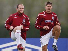 Rooney hay Gerrad sẽ trở thành thủ quân của Tam Sư?