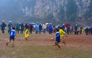 Trận chung kết được đánh giá cao giữa tiểu học Thanh Hối và tiểu học Phong Phú