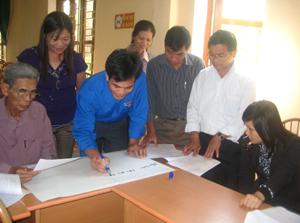 Tổ chức Greet phối hợp cùng UBND huyện Kỳ Sơn tổ chức tập huấn Luật phòng chống bạo lực gia đình cho cán bộ các xã, thị trấn.