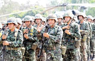 Campuchia và Thái Lan vẫn duy trì quân đội ở khu vực biên giới.