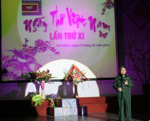 """Bài thơ """"Tây Tiến"""" của nhà thơ Quang Dũng được trình bày tại Đêm thơ Nguyên tiêu xuân Quý tỵ."""