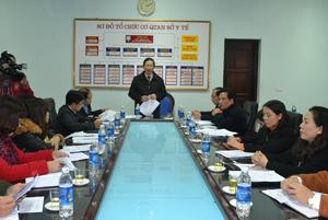 Đồng chí Bùi Văn Cửu, Phó Chủ tịch UBND tỉnh, Trưởng BCĐ Phòng, chống dịch bệnh tỉnh phát biểu kết luận hội nghị.