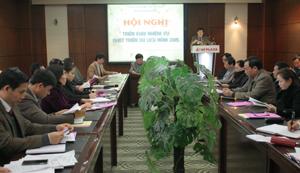 Đồng chí Nguyễn Văn Chương, Phó Chủ tịch UBND tỉnh, Trưởng BCĐ Du lịch tỉnh phát biểu tại hội nghị.