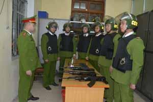 Tổ công tác Cảnh sát 113 triển khai nhiệm vụ tuần tra kiểm soát, đảm bảo ANTT.