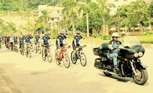 CLB xe đạp thể thao Hòa Bình thường xuyên tổ chức  hoạt động dã ngoại, giao lưu trong và ngoài tỉnh.