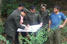 Lực lượng kiểm lâm triểnkha phương án PCCCR tại cơ sở.