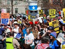 Cuộc biểu tình phản chiến tại Washington hôm 20-3.