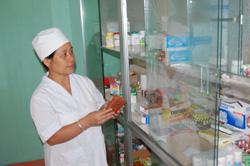 Công tác quản lý thuốc tại y tế cơ sở huyện Mai Châu có chuyển biến tích cực, tránh tình trạng làm dụng thuốc kháng sinh