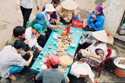 Tình trạng mất vệ sinh thực phẩm với quán ăn đường phố vẫn phổ biến ở nhiều địa phương
