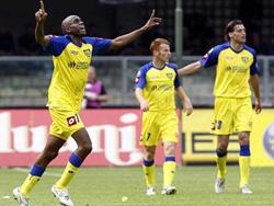 Đội Chievo, một trong hai CLB Serie A bị nghi ngờ sau trận hòa 1-1 giữa họ với Catania rạng sáng 25-3
