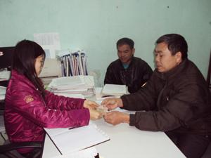 Hoạt động chi trả chế độ BHXH tại BHXH huyện Đà Bắc