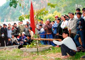 Các hoạt động thể thao xã Yên Phú luôn thu hút được đông đảo người dân tham gia.