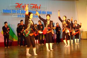 Đội văn nghệ của xã Thống Nhất tích cực tham gia các hoạt động văn hoá, văn nghệ do thành phố tổ chức