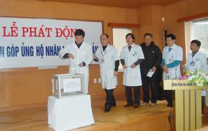 Lãnh đạo BVĐK tỉnh tham gia quyên góp ủng hộ nhân dân Nhật Bản
