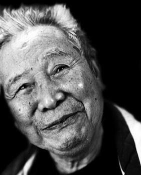 Nhà thơ Lê Đạt
