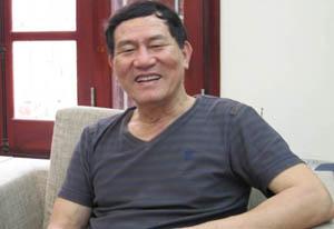 Anh hùng Phạm Tuân luôn vui vẻ giữa đời thường.