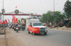 Diễu hành hưởng ứng tuần lễ quốc gia về ATVSLĐ – PCCN lần thứ 15 năm 2013.