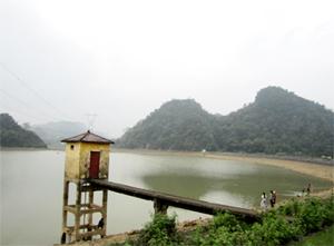 Rừng nguyên sinh ở Đa Phúc được bảo vệ tạo nguồn sinh thủy cho hồ Ba Sào phục vụ tốt sản xuất và đời sống của nhân dân trên địa bàn.