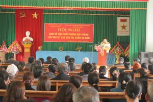 Hơn 300 hộ dân thị trấn Vụ Bản đến họp về giải phóng mặt bằng QL 12 B.