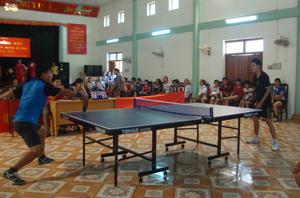 Giải bóng bàn được huyện Đà Bắc tổ chức hàng năm là cơ hội để các VĐV được thi đấu, cọ xát nâng cao trình độ.