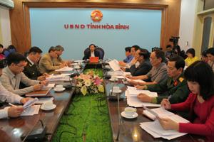 Tại điểm cầu tỉnh ta đồng chí Bùi Văn Khánh, Phó Chủ tịch UBND tỉnh và lãnh đạo các sở, ban, ngành.
