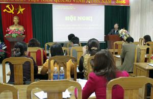 Đồng chí Bùi Văn Cửu, Phó Chủ tịch TT UBND tỉnh phát biểu tại hội nghị.