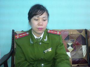 Đại úy Bùi Thị Như Quỳnh, Phó Đội trưởng Đội chứng minh nhân dân (phòng PC64) Công an tỉnh