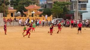 Một trận thi đấu tại giải bóng đá HKPĐ học sinh tiểu học & THCS tỉnh năm 2015.