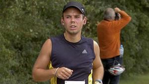 Cơ phó Andreas Lubitz trong một cuộc chạy marathon tại New York năm 2009. (Ảnh: Reuters)