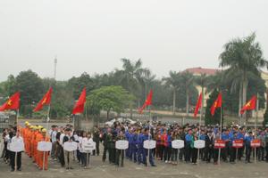Cao Phong là huyện đầu tiên của tỉnh phát động hưởng ứng Tuần lễ quốc gia về ATVSLĐ - PCCN lần thứ 17, năm 2015.