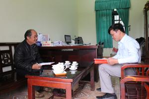 Thường trực Đảng ủy xã Dũng Phong (Cao Phong) thường xuyên trao đổi, tạo sự thống nhất trong công tác lãnh, chỉ đạo các mặt công tác của xã.