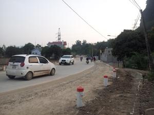 Trong khuôn khổ dự án, đường Hòa Bình (phường Hữu Nghị) được nâng cấp đảm bảo chất lượng, góp phần cải thiện đáng kể diện mạo hạ tầng giao thông trên địa bàn thành phố Hòa Bình.