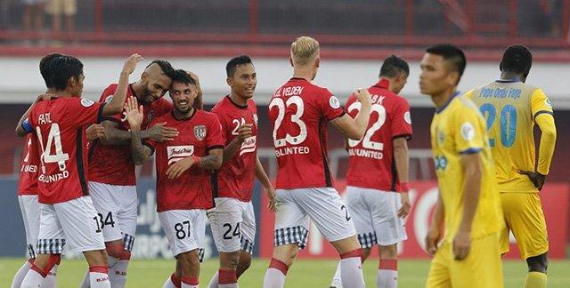 ... 10 phút khiến đại diện của Việt Nam chịu thất bại 1-3 trước Bali United  ở trận đấu trong khuôn khổ lượt trận thứ 3 bảng G AFC Cup 2018 diễn ra  trong ...