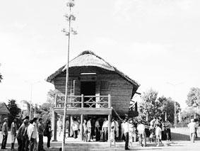 Khánh thành nhà dài dân tộc Cho Ro tại xã Phủ Lý, huyện Vĩnh Cửu (Đồng Nai)