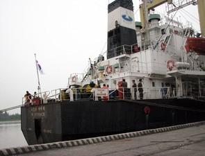 Gần một tuần trôi qua nhưng không một ai trong số 46 thủy thủ mất tích trên tàu Cheonan được tìm thấy.