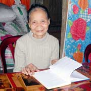 Bà Huế và cuốn sổ chép những bài hò Như Lệ.