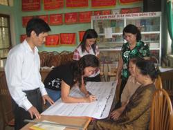đội ngũ cán bộ chủ chốt 2 phường tiếp cận với phương pháp giảng dạy lấy học viên làm trung tâm